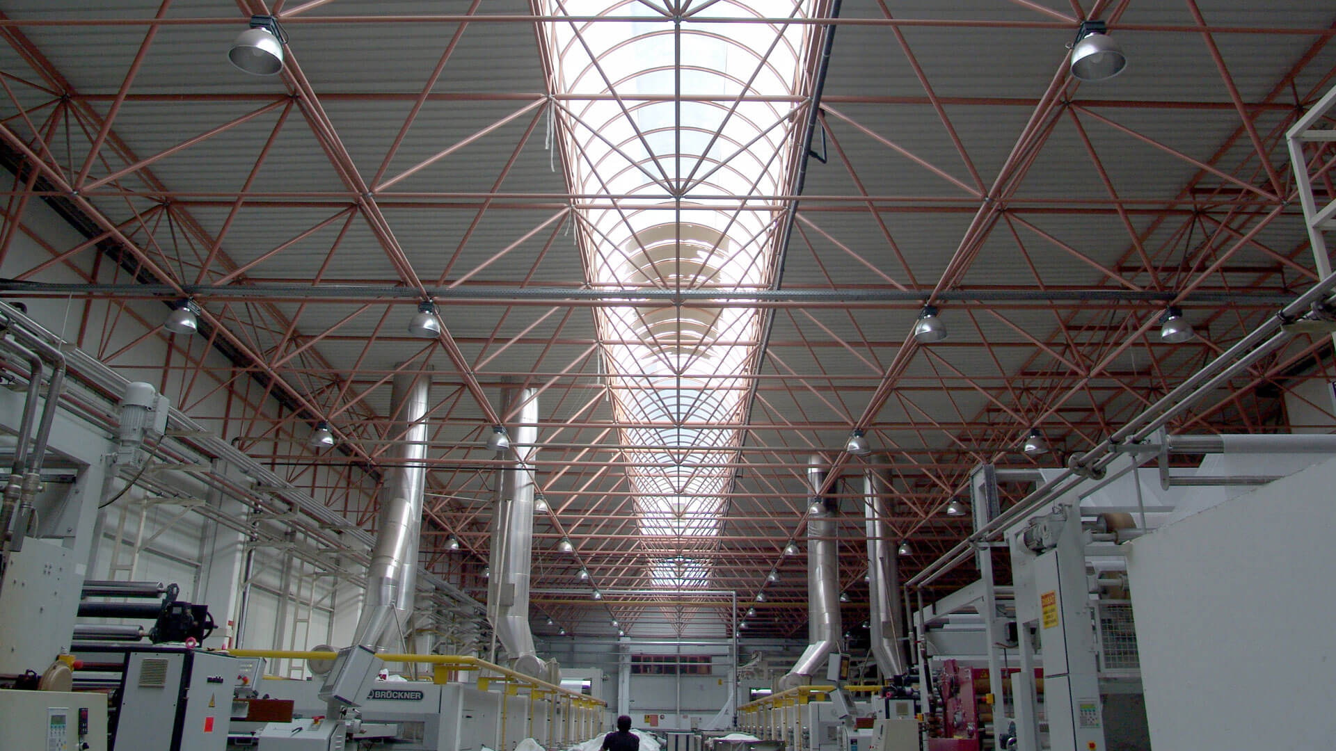 سازه فضایی سقف کارخانه درخشان